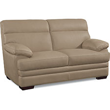Quade Loveseat
